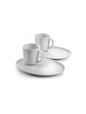White Porcelain Set Consisting Of 2 370ml Mugs And Oval Plates